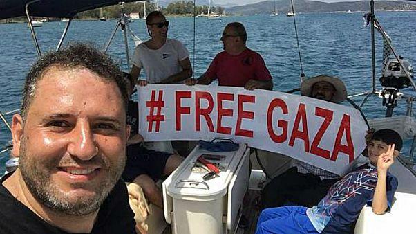 اليونان تمنع سفينة تقل ناشطين أردنيين من الالتحاق بسفن لكسر الحصار عن غزة