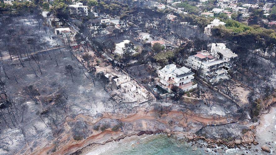 Vue aérienne de Mati en Grèce, dévastée par les incendies de forêt