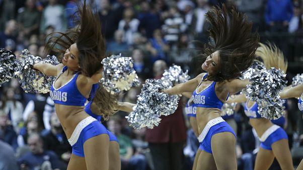 Dallas Mavericks ponpon kızları
