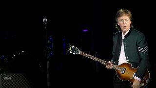 "Paul McCartney de regresso à ""caverna"" de Liverpool"