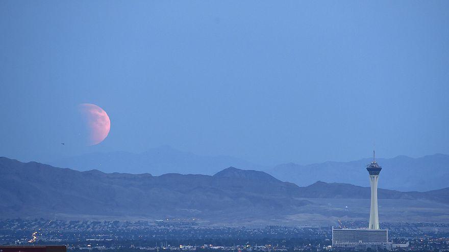 O eclipse lunar mais longo do século também pode ser visto na Europa