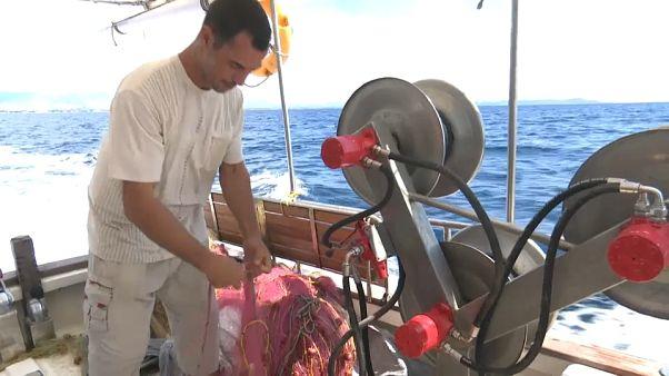 """Grecia: i due pescatori """"angeli custodi"""""""