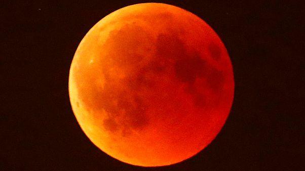 Nézőink legszebb képei a tegnapi holdfogyatkozásról