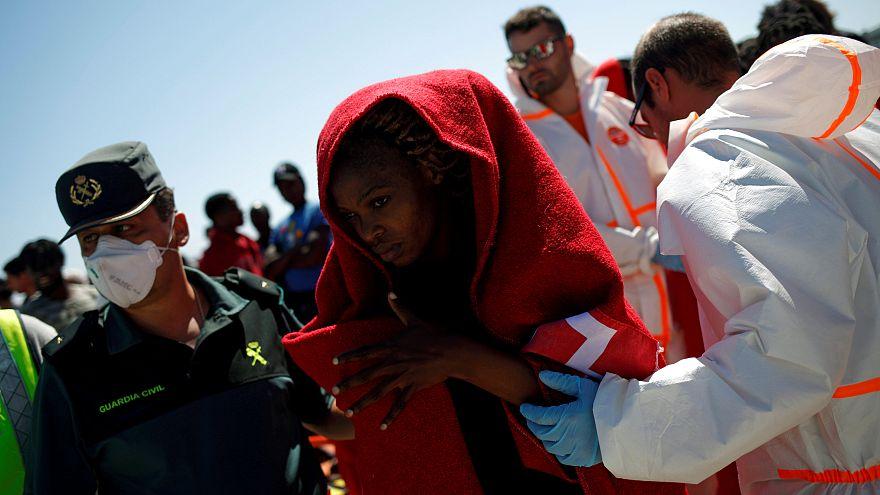 Önként fogadnak be földközi-tengeri menekülteket a nyugat-német városok