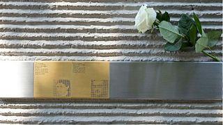 Munich begins replacing 'disrespectful' Holocaust memorials