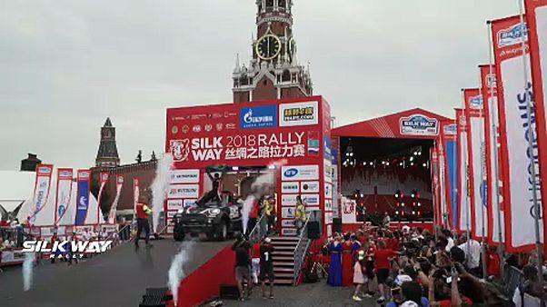 Célba ért a Vörös téren a Selyemút-rali