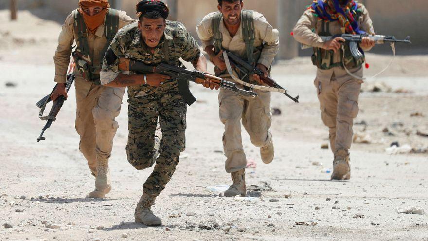 Suriyeli Kürtler Esad yönetimiyle görüştü