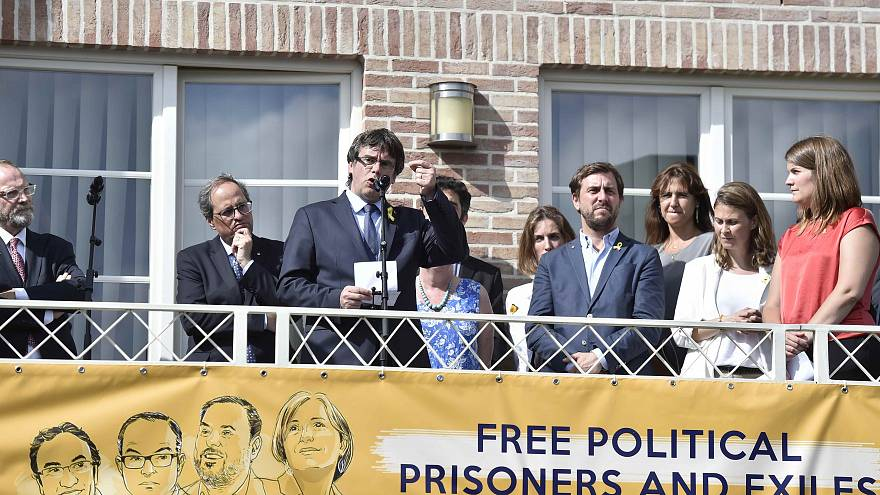 زعيم كتالونيا في بروكسل بعد فشل محاولة إسبانيا ترحيله من ألمانيا