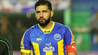 ماريو ريكاردو بقميص كريستوبال كولون