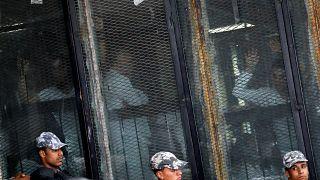 Mısır'da aralarında Müslüman Kardeşler yöneticilerinin de olduğu 75 kişiye idam kararı