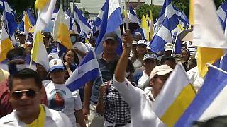 Manifestación masiva en Managua a favor de la iglesia
