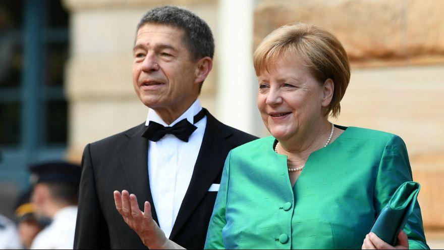آنگلا مرکل و همسرش