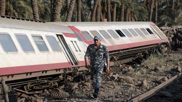 صورة أرشيفية لحادث قطار في مصر