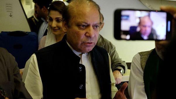 پاکستان؛ نواز شریف به دلیل مشکلات قلبی به بیمارستان منتقل می شود