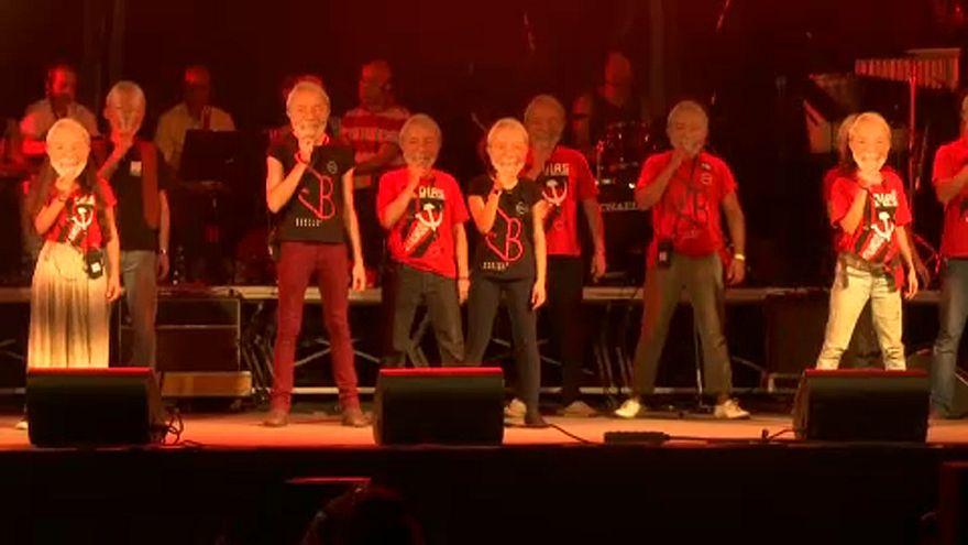 Monstre koncert az elítélt Lula mellett