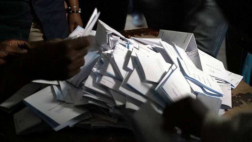 Começou a contagem dos votos no Mali
