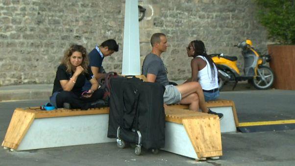 Paris : des bancs rafraîchissants anti-canicule