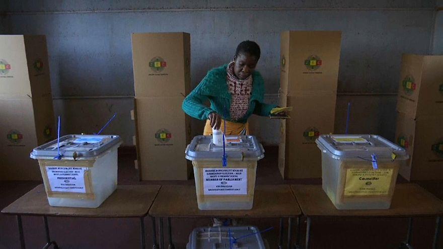 Simbabwe: Erste Wahl nach Mugabe-Rücktritt