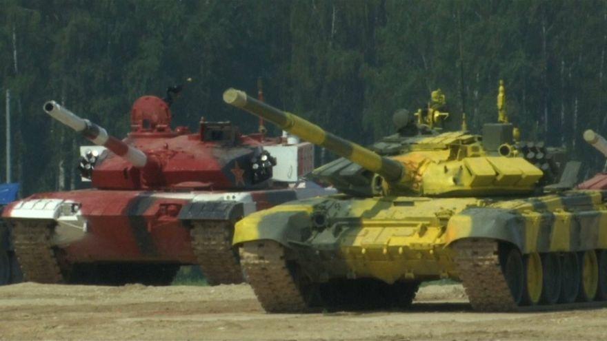 شاهد: حرب الدبابات في روسيا