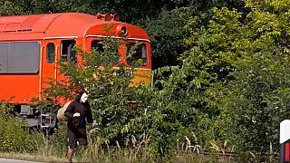 Versenyfutás csigajelmezben a vonattal: az álom a 80 km per órás sebesség