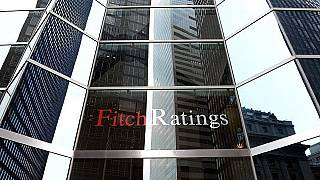Fitch: Türk bankaları negatif görünümlü çoklu riskler yansıtıyor