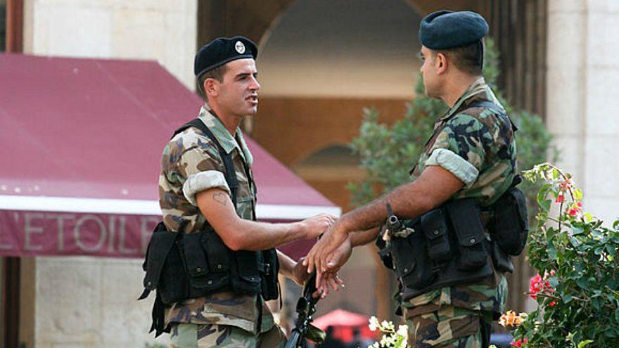 صحيفة: توقيف ضابط لبناني للاشتباه في تعاونه مع إسرائيل