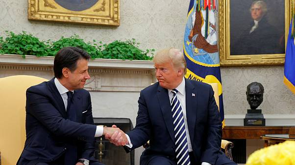 Trump elogia la línea dura del Ejecutivo italiano