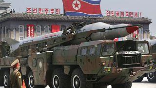 'K.Kore ABD'yi vurabilecek nükleer silah üretmeye devam ediyor'