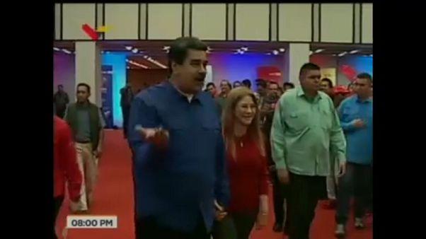 «Μπλακ άουτ» την ώρα εκλογής του Μαδούρο στην ηγεσία του κόμματος