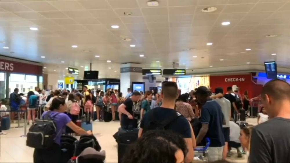 More travel chaos for holiday makers flying Ryanair