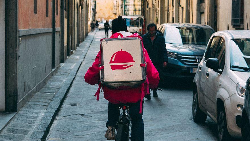 A takeaway courier for the online platform Foodora (KaiPilger/Pixabay)