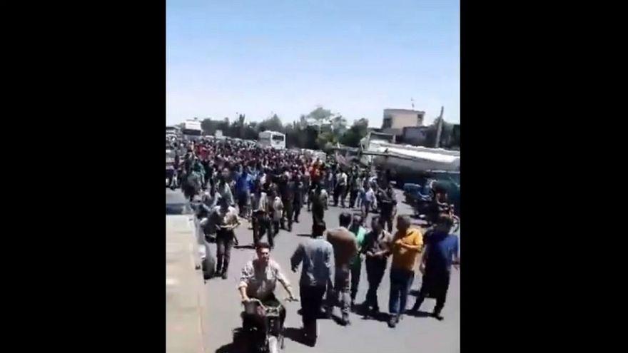 اعتصاب و راهپیمایی در اصفهان در اعتراض به وضعیت اقتصادی