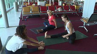 Du yoga dans les aéroports parisiens