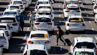 La grève des taxis espagnols s'étend