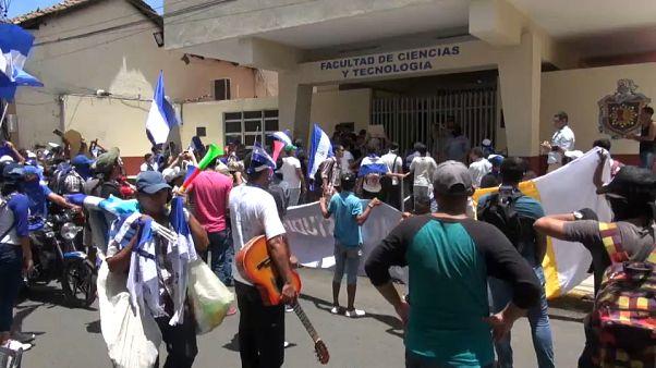 Los estudiantes de Nicaragua exigen libertad e independencia en las aulas
