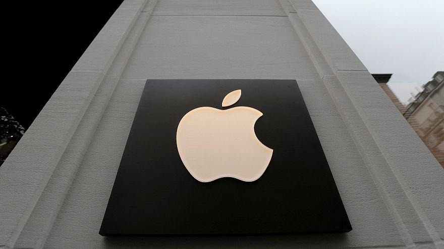 Apple gana un 32% más y mejora expectativas