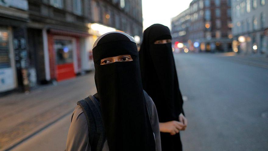 Usar o véu integral passa a dar multa na Dinamarca