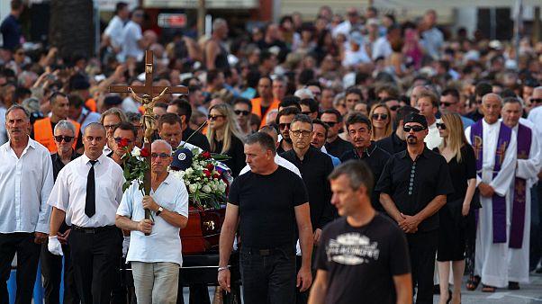 Croatia bids emotional farewell to beloved singer Dragojevic