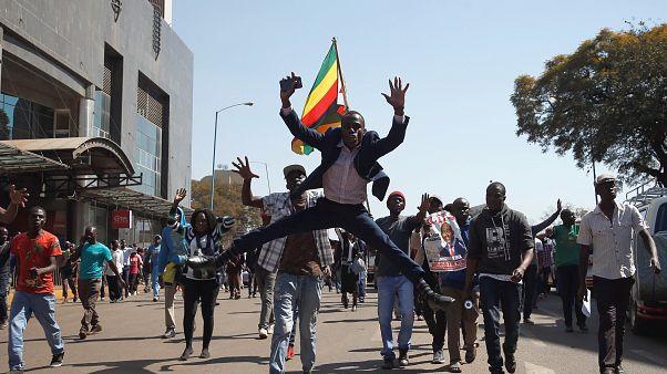 La oposición denuncia fraude en las elecciones de Zimbabue