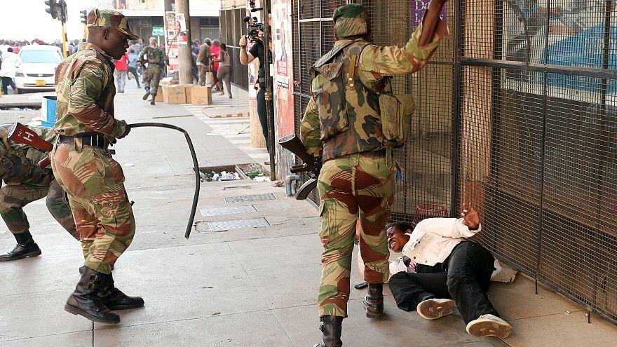 Zimbabwe: il Commonwealth denuncia l'uso eccessivo della forza