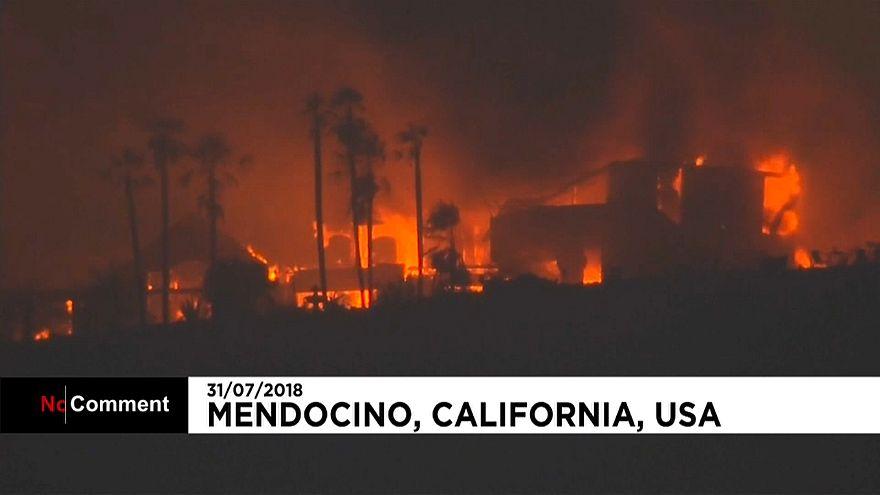California continua su lucha contra los incendios