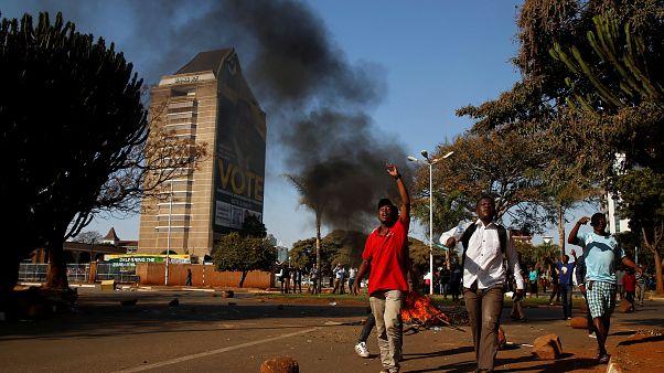Zimbabve ordusu protestoculara karşı gerçek mermi kullandı