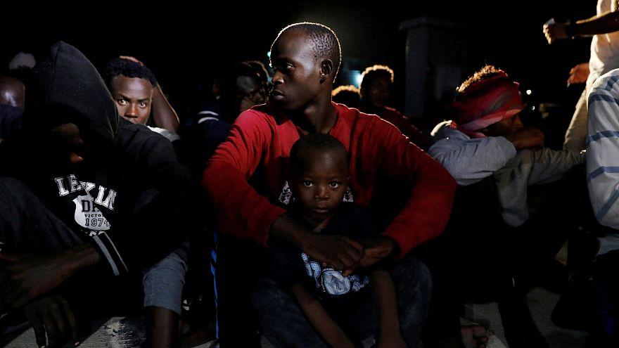 صورة أرشيفية لمهاجرين غير شرعيين في ليبيا