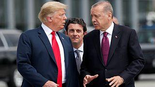 آمریکا در اعتراض به بازداشت کشیش آمریکایی ترکیه را تحریم کرد