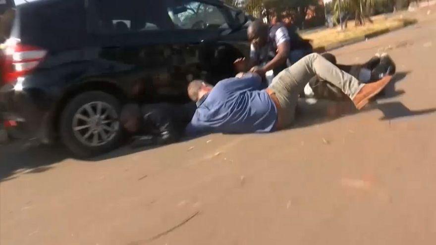 Simbabwe: Militär treibt Anhänger der Opposition auseinander