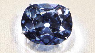 داستان شگفت انگیز الماس آبی موزه واشنگتن