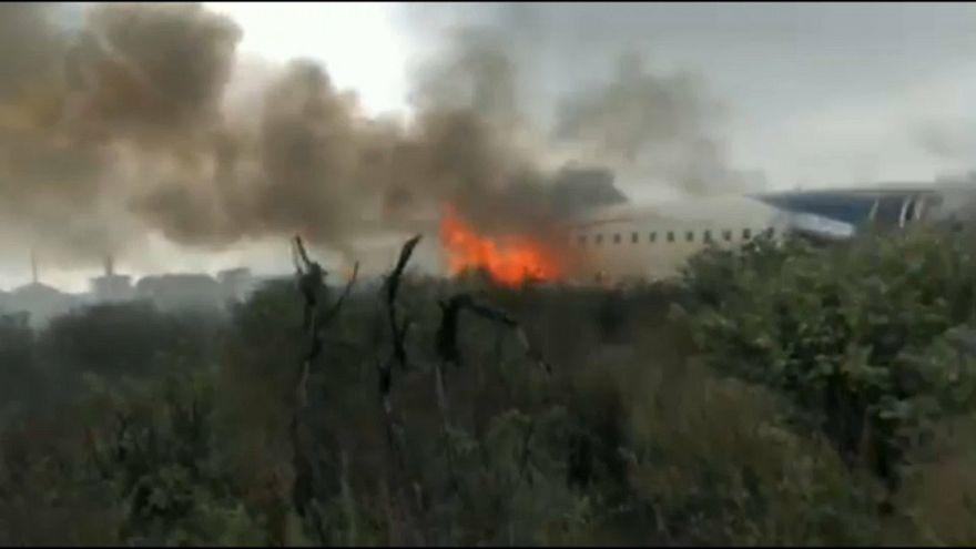 New footage captures dramatic air crash