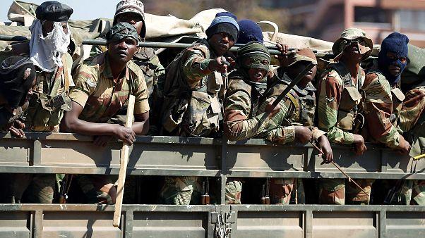 جيش زيمبابوي ينتشر في شوارع هاراري بانتظار صدور النتائج النهائية للانتخابات