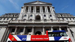 El Banco de Inglaterra sube los tipos de interés al 0,75%