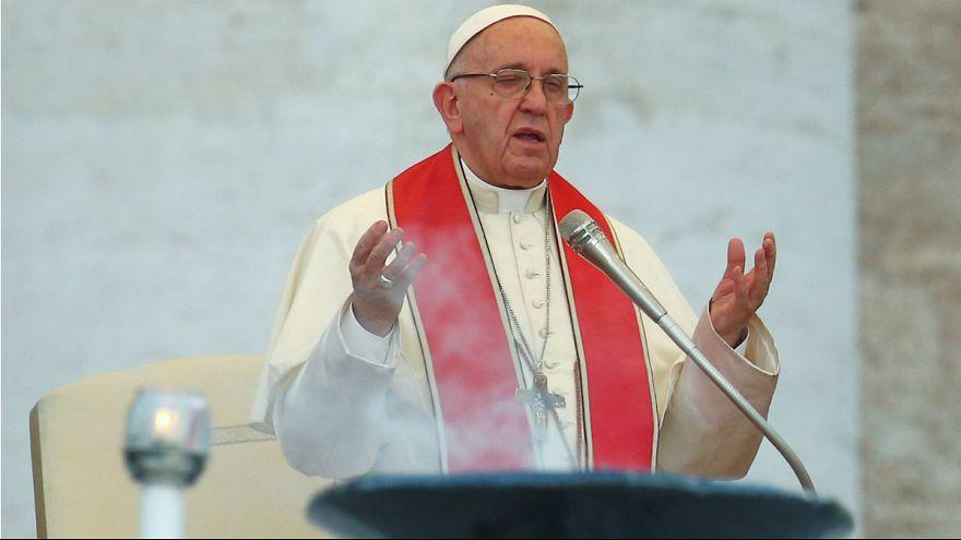 پاپ فرانسیس رهبر کاتولیکهای جهان